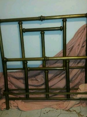 ANTIQUE BRASS BED for Sale in Homestead, FL