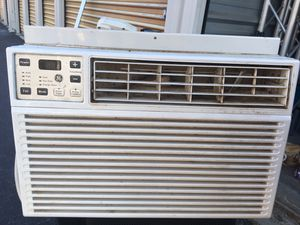 General electric window AC unit 6000 BTU for Sale in Wimauma, FL