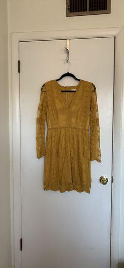 BEAUTIFUL Mustard Yellow Altar'd State dress size Medium for Sale in Alexandria,  VA