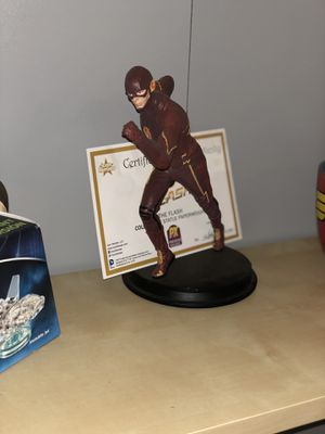 Collectible Flash Statue for Sale in Joint Base Lewis-McChord, WA