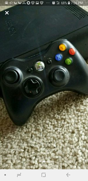 Xbox 360 in black for Sale in Falls Church, VA