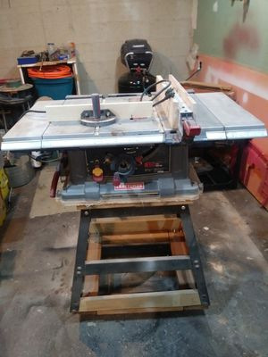 Craftsman 10-inch table saw for Sale in Lindenwold, NJ