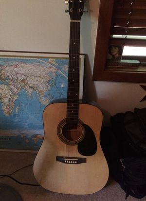 Acoustic guitar for Sale in Blacksburg, VA