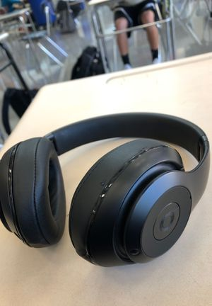 Beats solo 3 for Sale in Dublin, OH