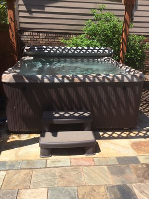 Thermo spa 6 person hot tub for Sale in Marietta, GA