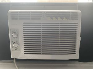 Frigidaire AC unit - great condition! for Sale in New York, NY