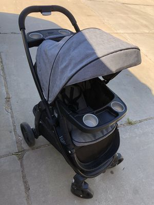 Grey Graco click connect stroller for Sale in Syracuse, UT