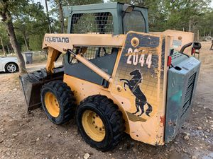 Mustang skid steer 2044 for Sale in Austin, TX