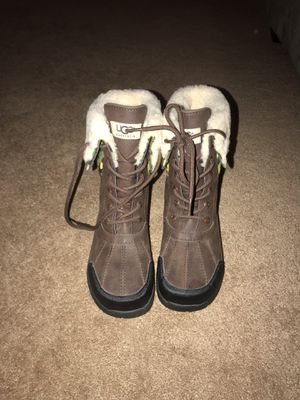 UGG Snow Boots for Sale in Perris, CA