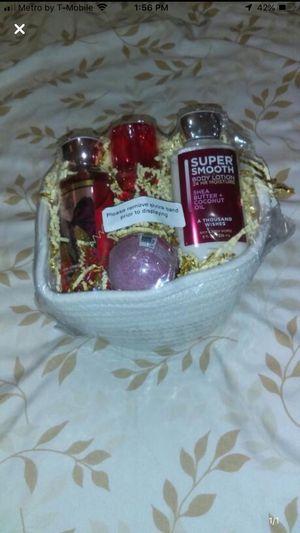 Gift basket for Sale in Miami, FL