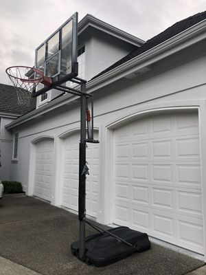 Basketball Hoop - Outdoor Adjustable for Sale in Seattle, WA