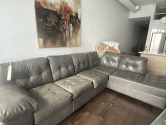 Grey Couch and love seat for Sale in Chicago,  IL