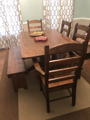 Handcrafted Dining Table, Chairs, Bench - Amish Workmanship) for Sale in Ashburn, VA