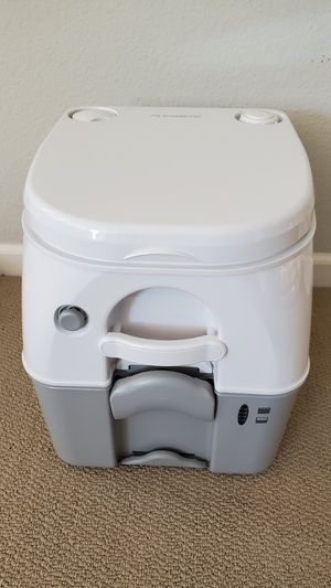 Dometic Portable RV/Marine Toilet, 5 Gallon, White, *Brand New* for Sale in Union City, CA