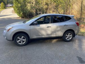 2010 Nissan Rogue all wheel drive in great shape for Sale in Snohomish, WA