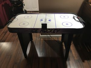 Air hockey table for Sale in Happy Valley, OR