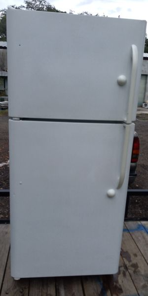 Refrigerator for Sale in Lake Wales, FL