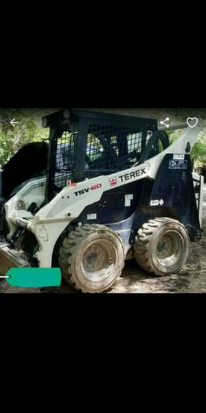 """""""""""""""""""""""""""REDUCED""""""""""""""""""""""""Terex Tractor LOTS OF POWER for Sale in Lilburn, GA"""