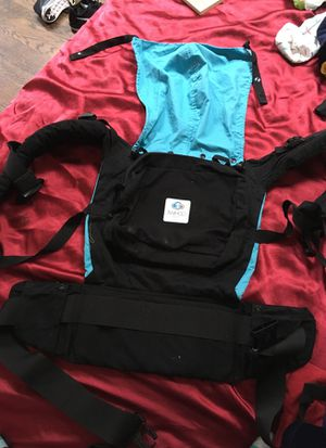 Twingo base baby carrier for Sale in Silver Spring, MD