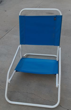 FREE!!! Used Beach Chair w/ any purchase of $6 or more for Sale in Costa Mesa, CA