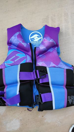 Kids Hyperlite life jacket for Sale in San Diego, CA