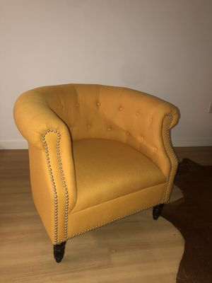 $500 French yellow tufted sofa and chair set for Sale in Portland, OR