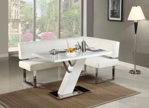 Kitchen Breakfast Nook Dining Table for Sale in Evesham Township, NJ