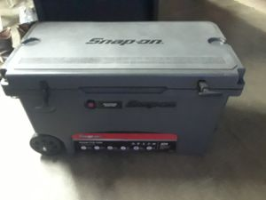 75 quart snap on cooler for Sale in Ramona, CA