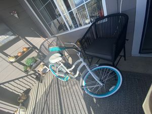 "24"" Women's beach cruiser bike for Sale in Arvada, CO"