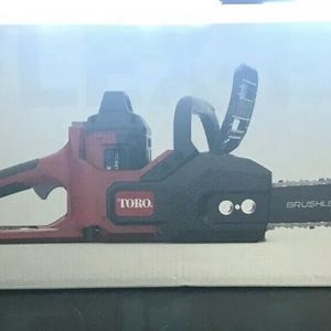 TORO Flex-Force 16 in 60-Volt Max Lithium-Ion Battery Electric Cordless Chainsaw for Sale in St. Petersburg, FL