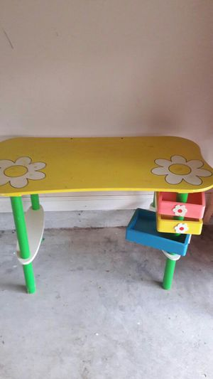 Kids desk for Sale in Norcross, GA
