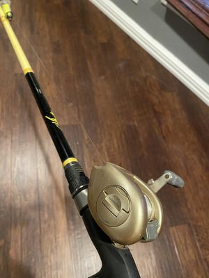 Shimano baitcaster with rod fishing set up for Sale in Fort Worth, TX