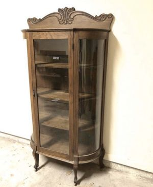 Antique china cabinet for Sale in Round Rock, TX