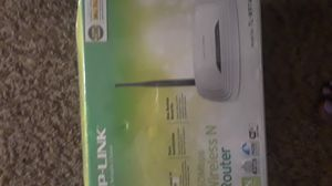 Tp link 150 mps wireless router for Sale in Jacksonville, FL