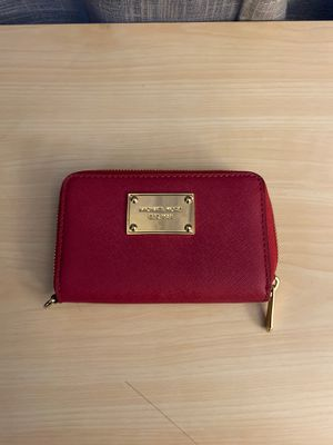 Pink small Michael Kors wallet for Sale in Virginia Beach, VA
