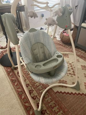 Graco Baby Swing for Sale in San Diego, CA
