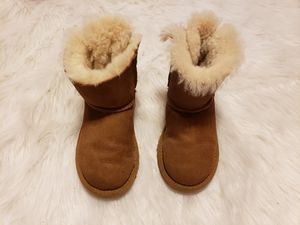 Girls uggs boots size 10 for Sale in North Andover, MA