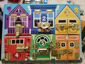Melissa and Doug latches board for Sale in Las Vegas, NV