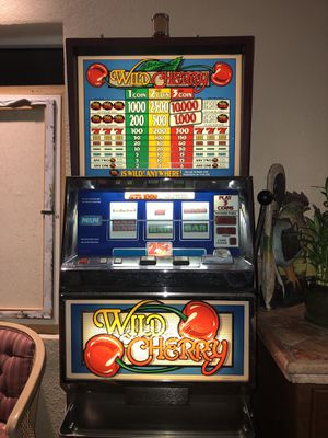 WILD CHERRY SLOT MACHINE for Sale in Miami, FL