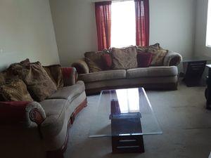 LIVING ROOM SET for Sale in Greenville, SC