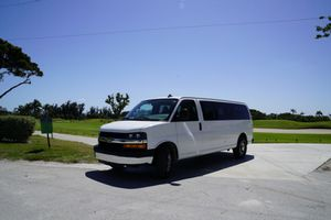 Chevy Express 2016 3500 (12 pp)! for Sale in Miami Beach, FL