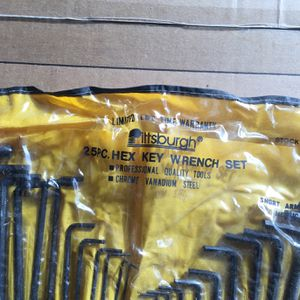 25 Pc Hex Key Wrench Set for Sale in Manalapan Township, NJ