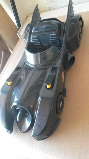 Batmobile Kenner 1989 Batman vehicle w firing missiles. Great condition. Figures sold separately. for Sale in San Diego, CA