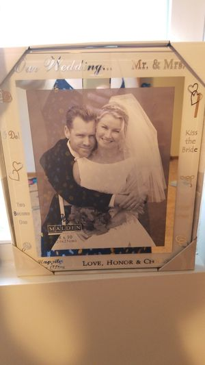 Wedding frame for Sale in Bowling Green, MO