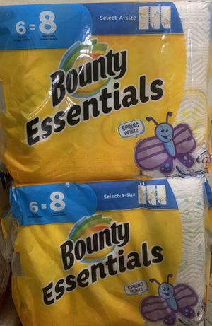 Bounty Essentials Paper Towels (PENDING PICK UP) for Sale in Mesa, AZ