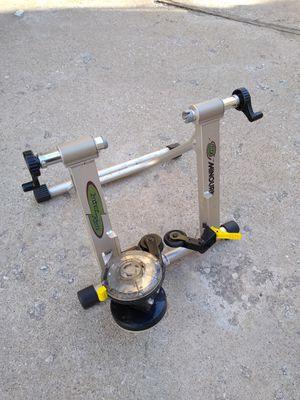 Minourn bike trainer for Sale in Chicago, IL
