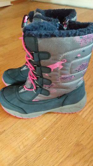 Kids winter boots size 13 for Sale in Portland, OR