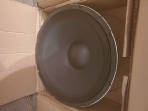 Mcm 15 inch subwoofer for Sale in O'Fallon, MO