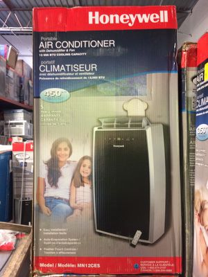 New 12,000 btu portable air conditioner for Sale in Atlanta, GA