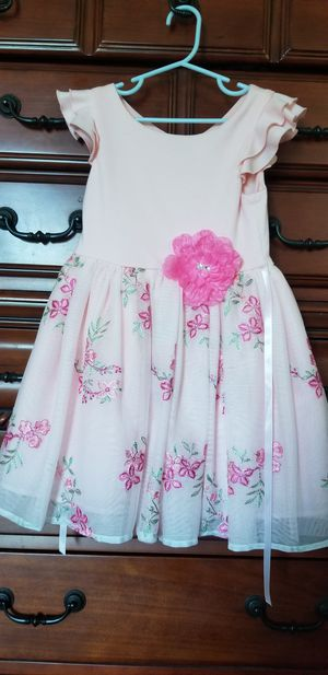 2 6t dresses, Hello Kitty & Pink for Sale in Galloway, OH